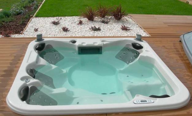 Vasche idromassaggio di design Lunigiana